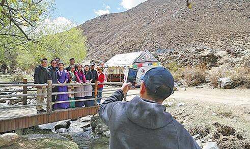 西藏拉萨乡村旅游添活力
